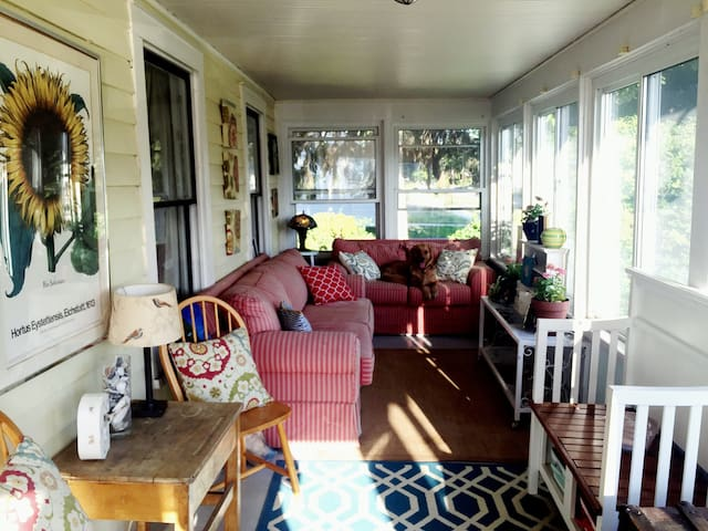 Track and SPAC 4BR-Some Summer Weekends Available! - Saratoga Springs - Ev