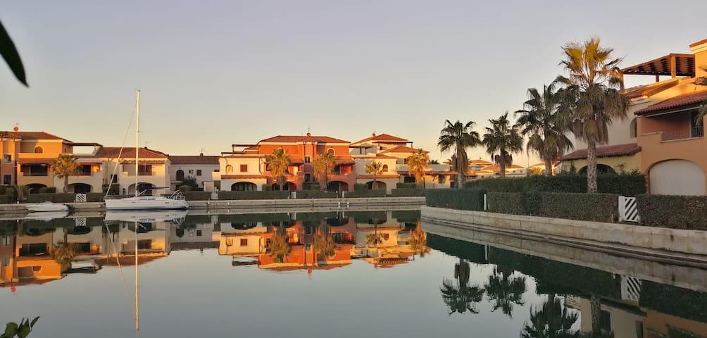 Villa con Giardino in Marinagri Resort
