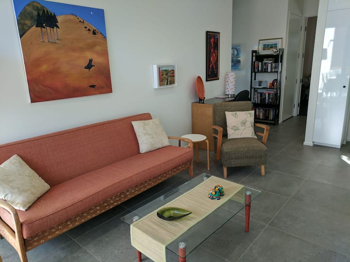 New retro style apartment with NBN