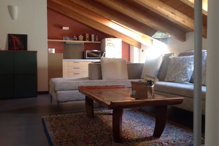 Mansarda open space/ fantastic open space flat - Bettola-Zeloforamagno - Apartment