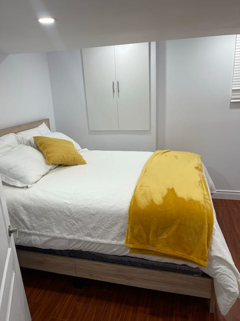 ENTIRE SEPARATE GUEST SUITE WITH FREE ONE  PARKING