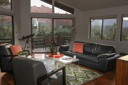 Red Rock Nest with amazing views and location - Sedona - Ház