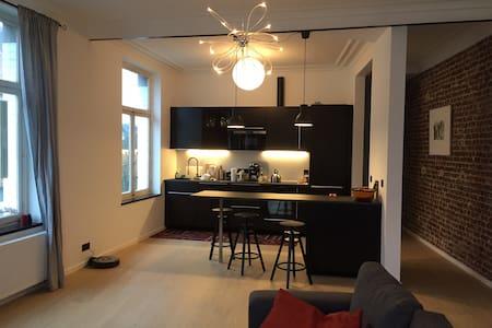 Chambre à Saint-Gilles (Bruxelles) - Saint-Gilles