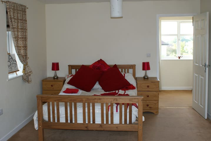 Self contained annex in Pontesbury / Shrewsbury - Shropshire - Hus