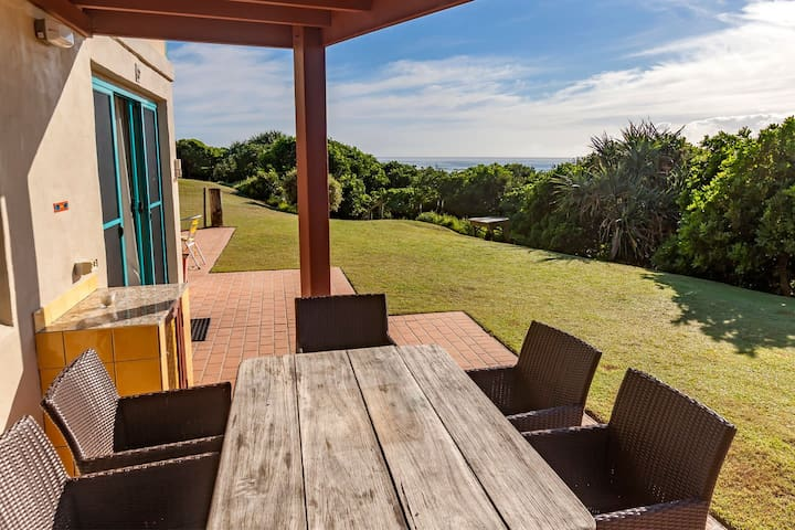 Terrace with sea views only 20m to beach, access to beach directly in from of...