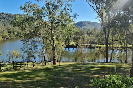 Fig Tree Farm - spectacular river front acreage