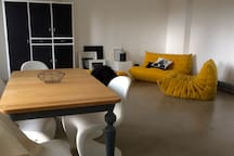 Bright large Double bedroom in E2