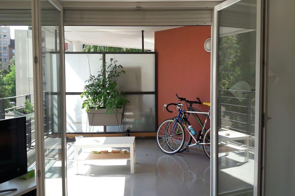 Appartement de 70 m2 2 chambres et garage inclus for Garage rue des bienvenus villeurbanne