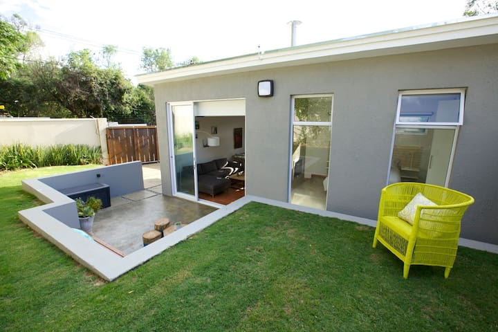 The WellCottage - Sandton - Hus
