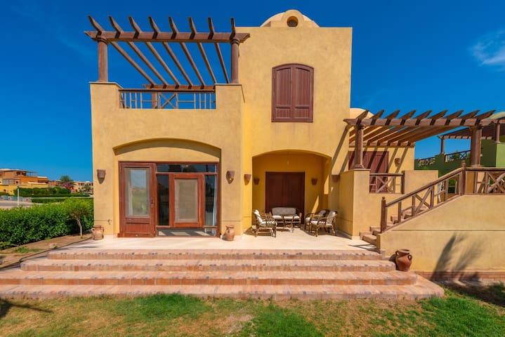 Beautiful Fancy 3 bedroom Villa in Sabina