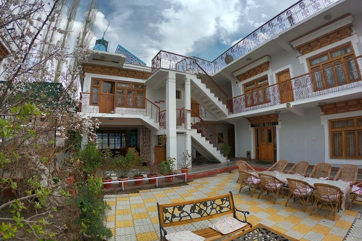 Hotel Shaynam Leh Hospitality on Budget.