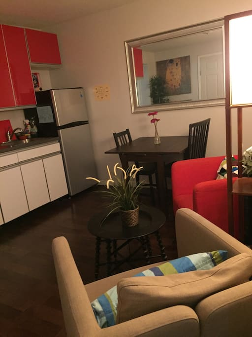 Awesome room with 2 beds and futon appartements - Bel appartement de ville brooklyn new york ...