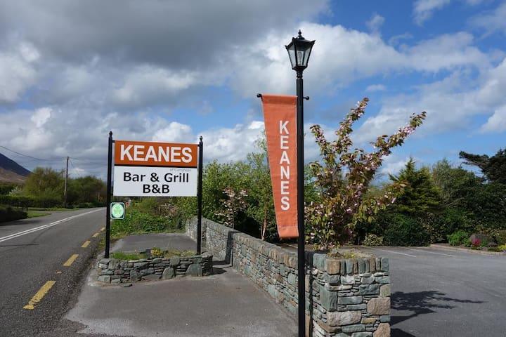 Dingle-Way Chalet @Keanes of Curraheen