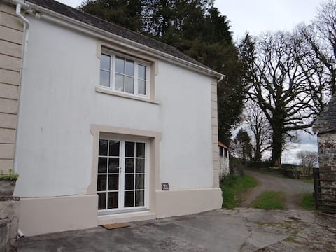 Self contained annex on the edge of Teifi Valley