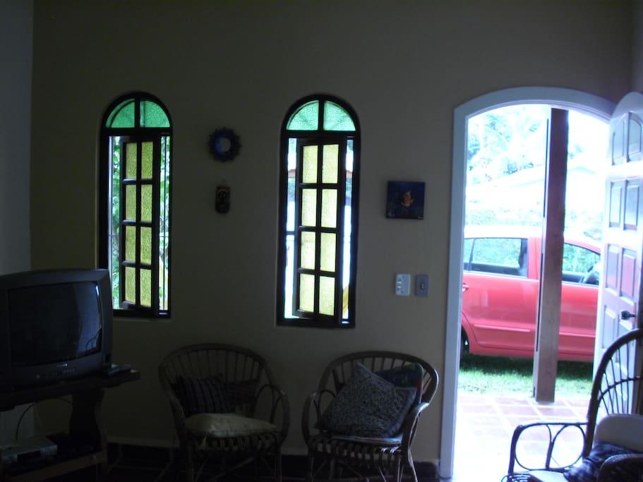 Parte da entrada da sala