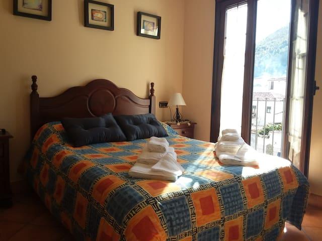 Alojamiento rural La Tassone.  Grazalema (Cádiz) - Grazalema - Casa