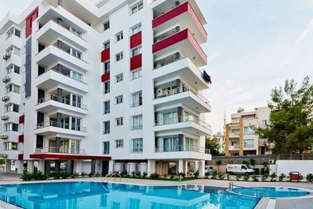 Luxury Apartment in the City Center - Girne