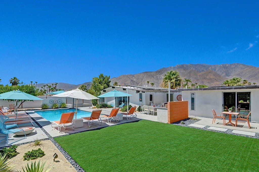 BACK OF HOUSE + VIEWS - ALEXANDER ON THE ROCKS - PALM SPRINGS VACATION RENTAL POOL HOME