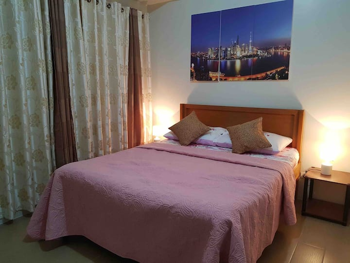 1 Bedroom Condo near Terminal 3 & Resorts World.