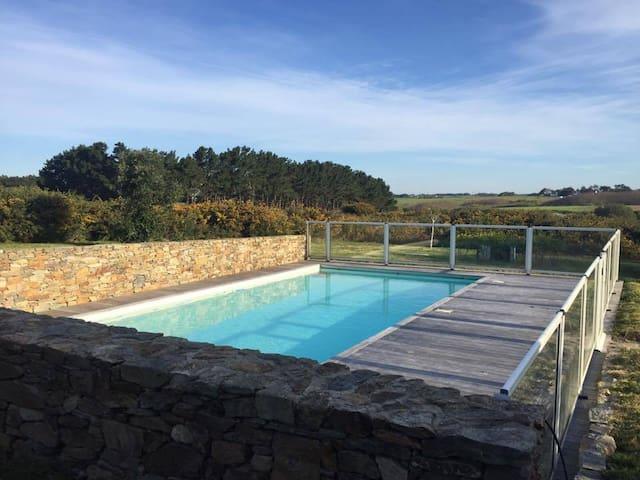 Superbe maison avec piscine chauffée sur 5000m2
