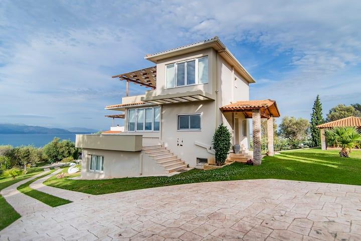 Luxury Villa 1 in the Peloponnese