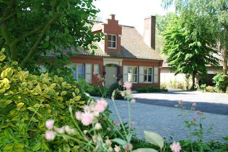 Douce Vie - Vakantiewoning voor 12 personen - Poperinge - Villa
