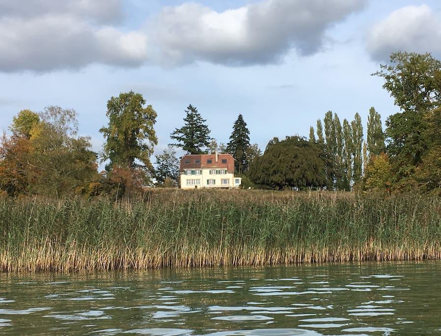 Lodge Glardons vu du lac
