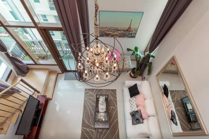 AMAZING 5-Star 90 sqm Duplex in the Heart of City