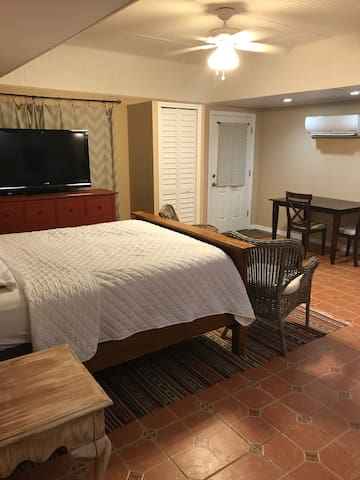 Historic Seminole Heights Guest House