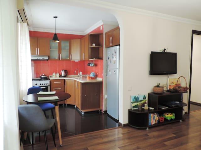 57  Park Apartment