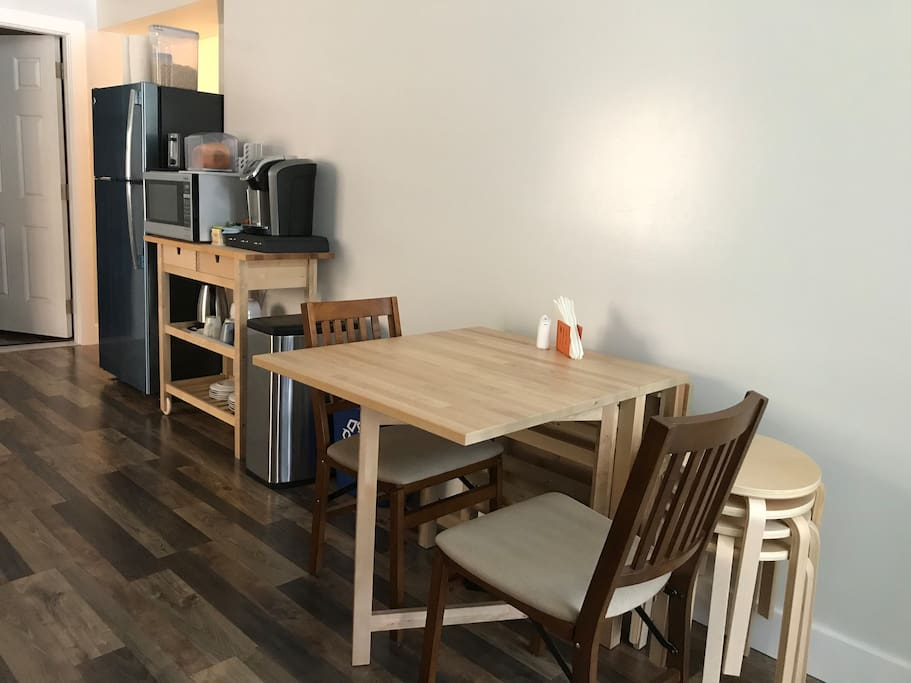 Dining table, breakfast cart, refrigerator