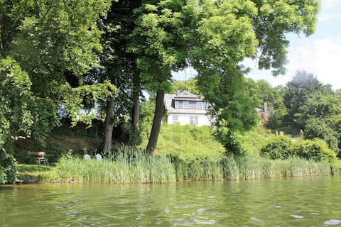 Cottage on the Schmalensee