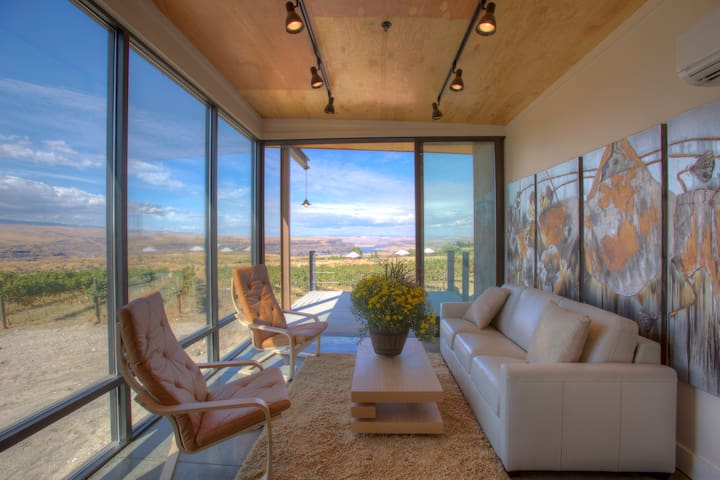 Cave B Ridge Condo 7D - Winery, Spa & Amphitheater