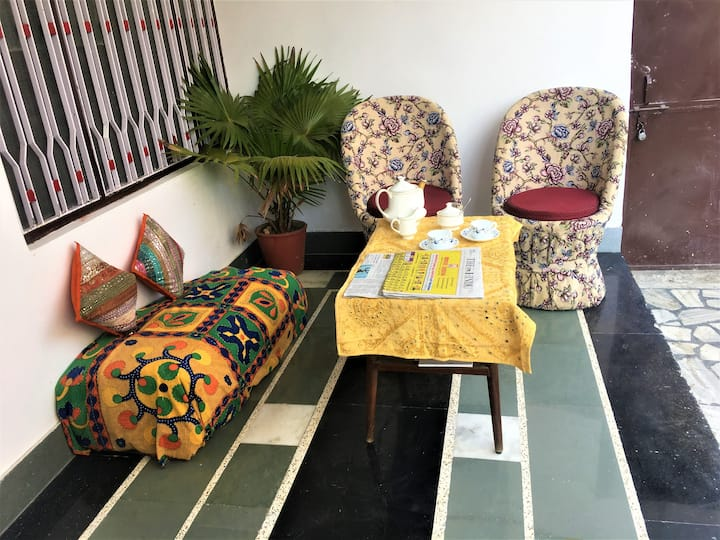 Udaipur House Homestay - Deluxe Room 1