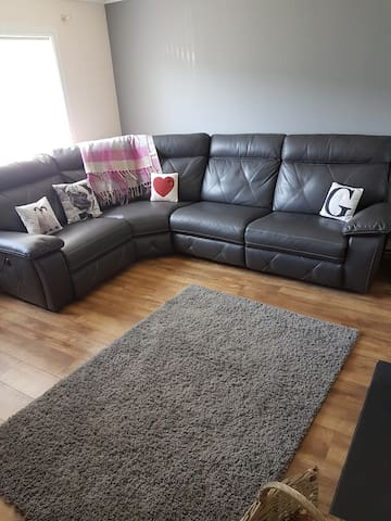 Great home, easy link to Cardiff City Centre
