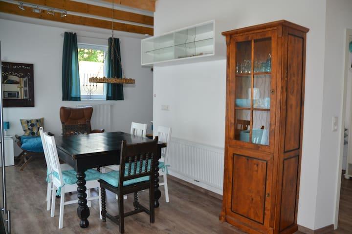 Haus Am See, Wohnung ''Ammerland'' - Varel - Apartament