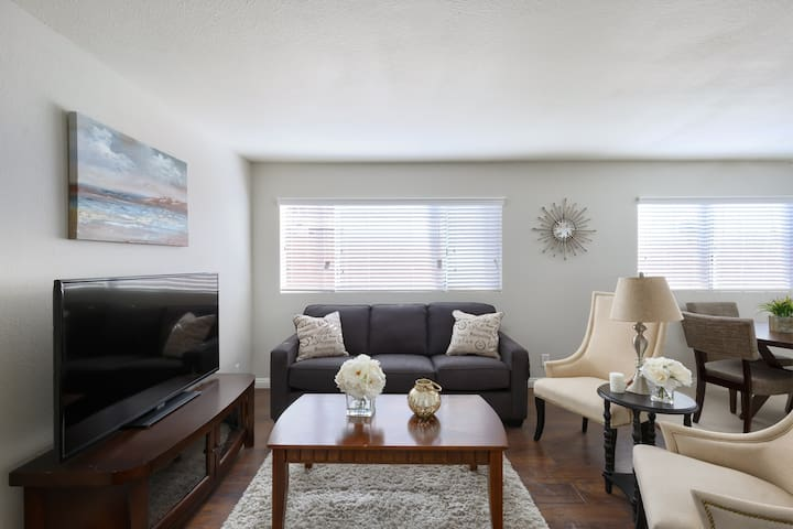 2. BRAND NEW South Bay 2BD/2BTH Near DTLA! - Torrance - Appartement