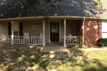 Walker Family Waterfront Lake House on Lake Fork - Quitman - Dům