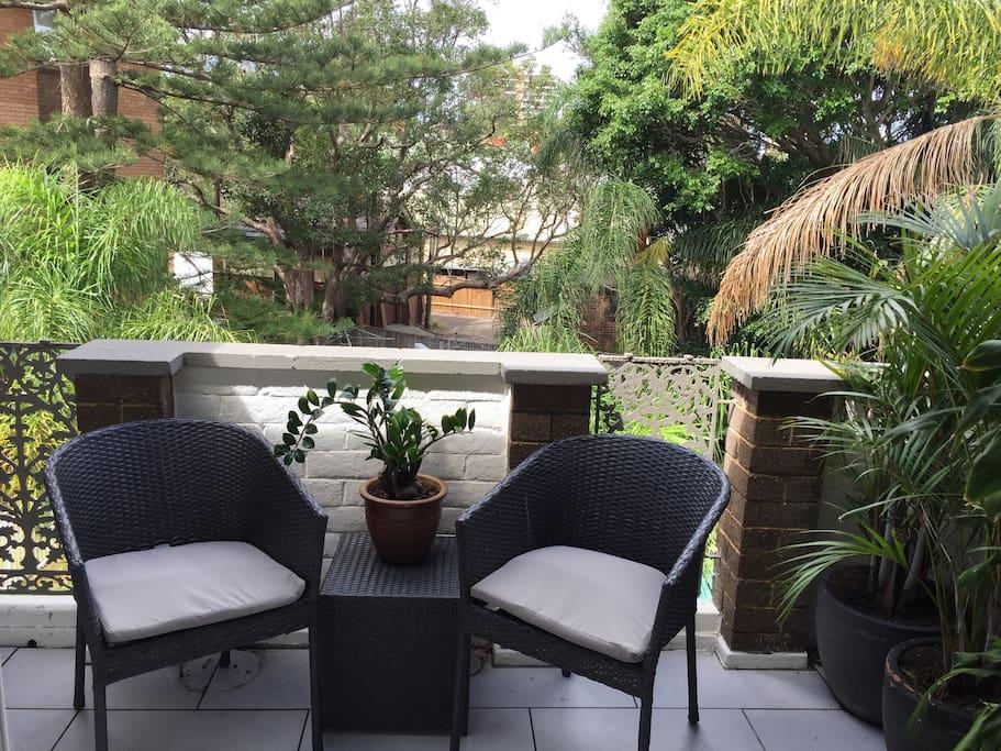 New modern balcony furniture