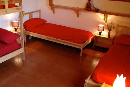 dormitorio a sei letti - Bed & Breakfast
