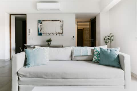 Explore the Romantic Zone from a Sparkling New Home