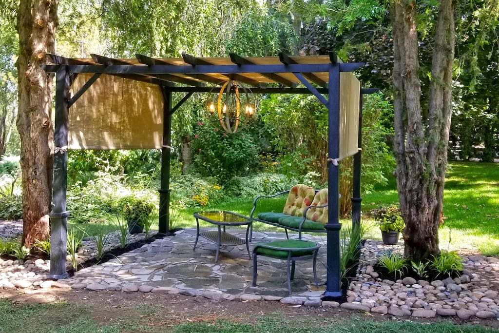 Garden setting to relax and enjoy sunsets or morning coffee.