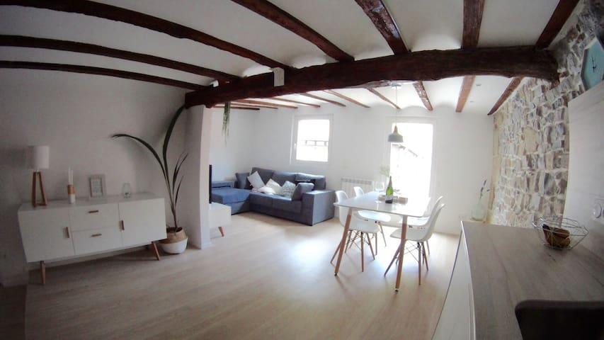 MODERN&ROMANTIC   nºL.SS.00082 - Donostia - Apartamento