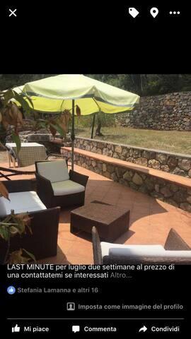 pregiato appartamento in villa fra querci e ulivi