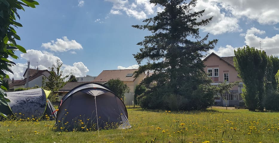 T1 / Tent in large garden with access to house