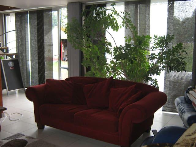 Chambre salle de bain individuelle dans maison - Thuin - Hus