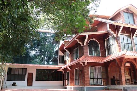 Mathaisons' Heritage Homestays-1 - Kottayam - Hus