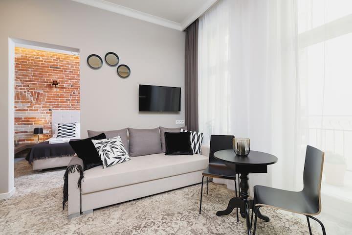 Apartment with balcony / Rakowicka 6