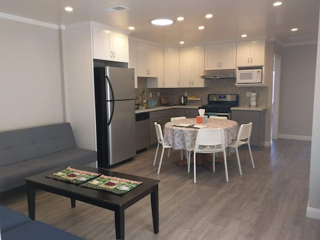 New remodeled 3-bedroom South San Francisco home