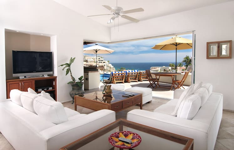 Villa del Toro Rojo -Luxury Ocean View in Pedregal - Cabo San Lucas